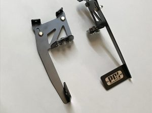 WM-CRX-2 (CRX HATCH MOUNT WING BRACKETS)